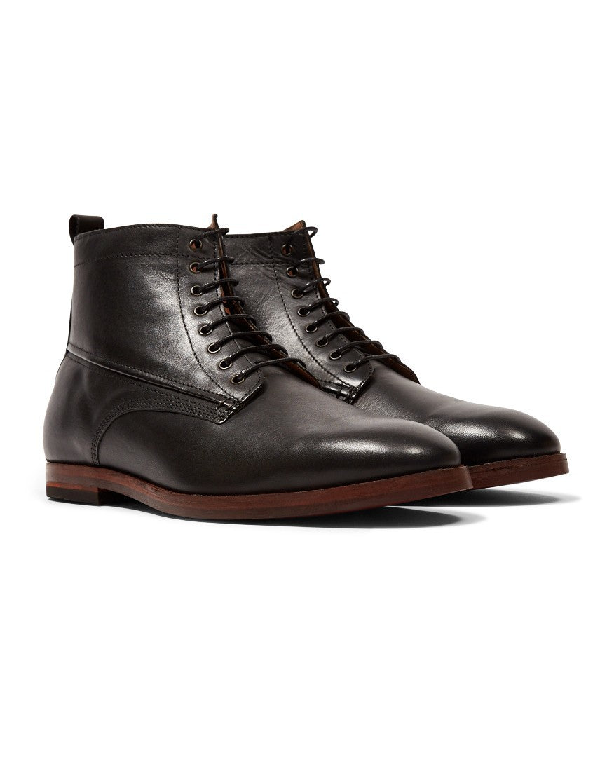 ee69b46f32674 Top 5 Hudson Shoes and How to Style Them