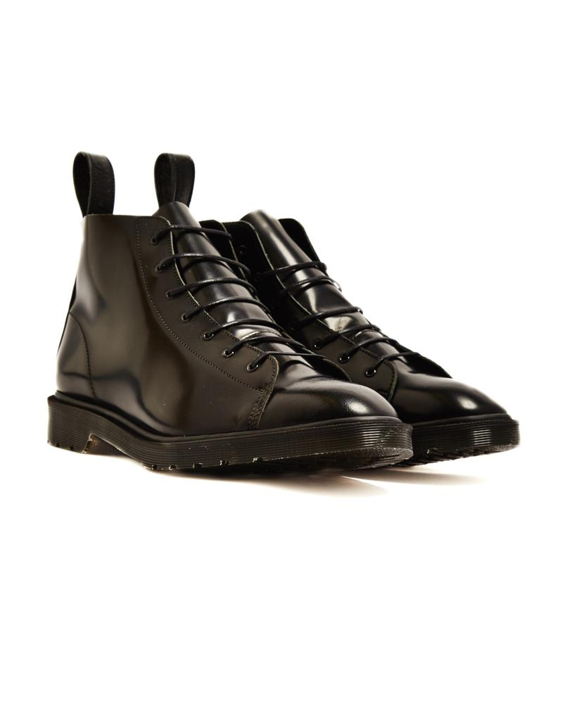 73f399a93e5d How to Wear Dr Martens Boots