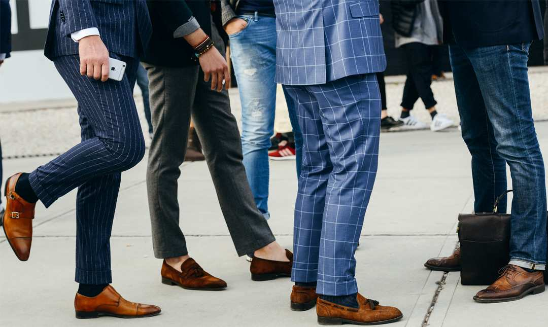 mens in dress socks loafers