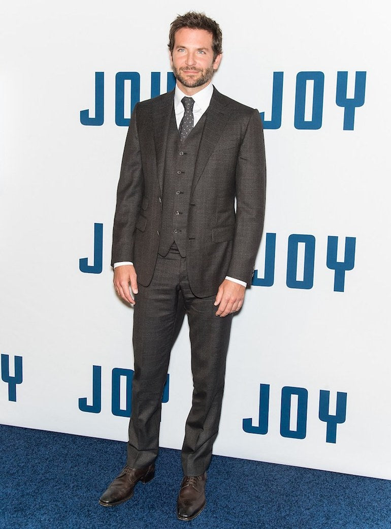 Bradley-Cooper-Grey-Suit-White-shirt-Brogues-Mens-Style