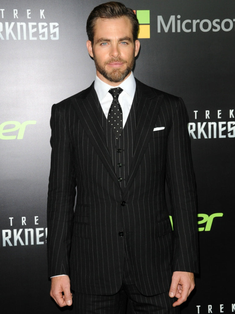 Chris-Pine-Suit-Mens-Style-Fashion-White-Shirt