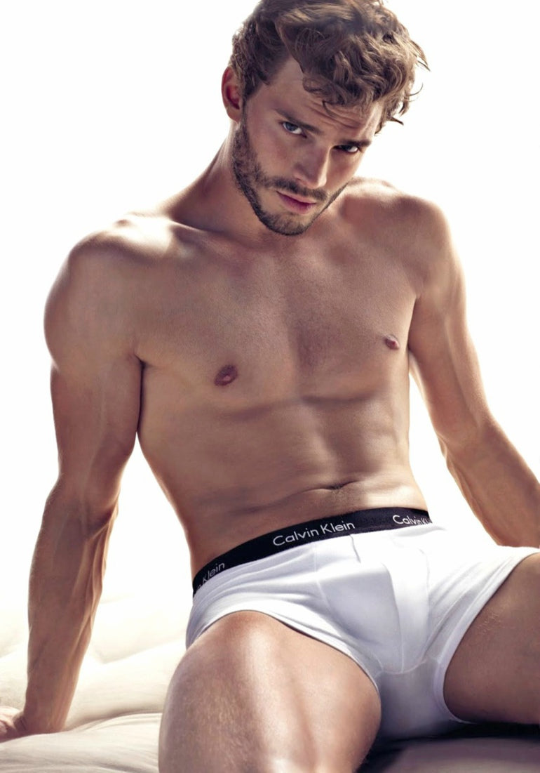 Jamie-Dornan-pose-pour-une-campagne-Calvin-Klein-best-underwear-for-men