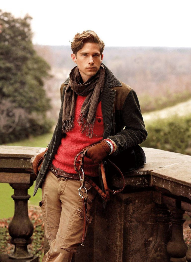 Man-wearing-red-sweater-bazer-and-scarf