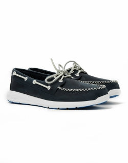 SPERRY Sojourn 2-Eye Leather Boat Shoe Navy mens
