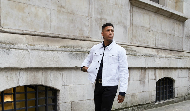 White-Denim-Jacket-Black-Jeans-T-shirt-Mens-Style-Fashion