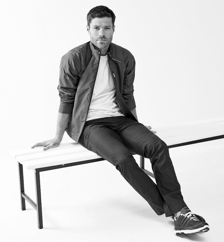 Xabi-Alonso-mens-style-fahsion-white-t-shirt-black-trousers-trainers