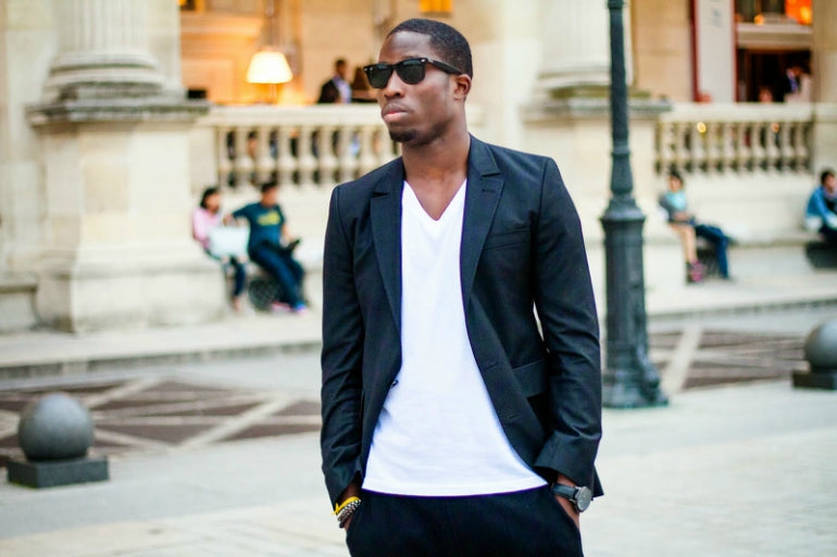 blazer-v-neck-t-shirt-sweatpants-sunglasses-watch-street-style