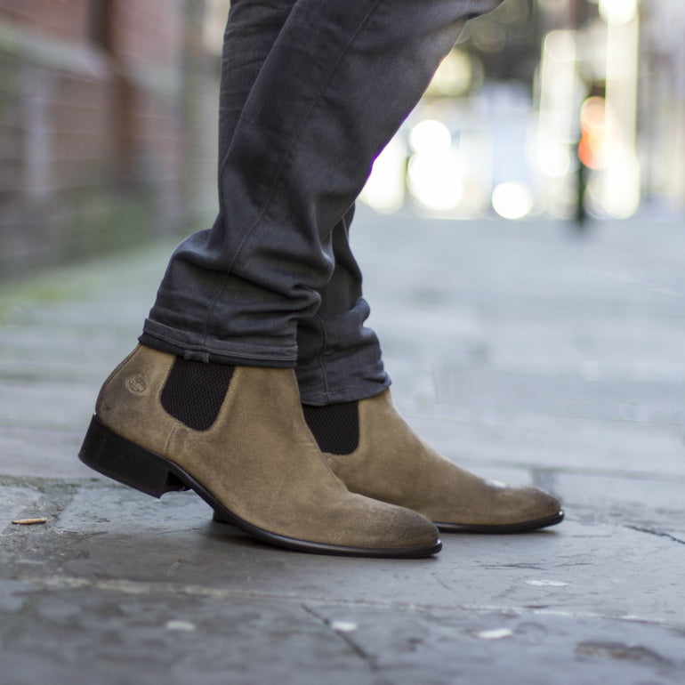 brown-suede-shoes-chelsea-boots