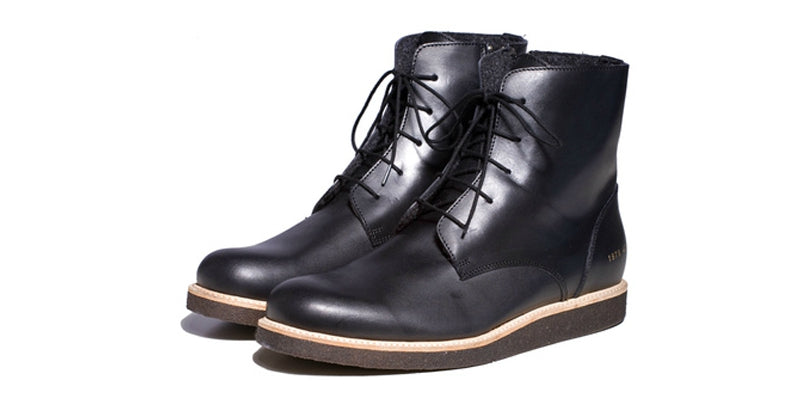 common projects combat boot 2011