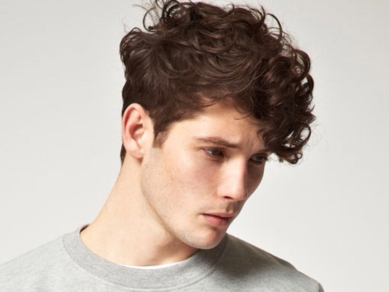 curly hair mens style