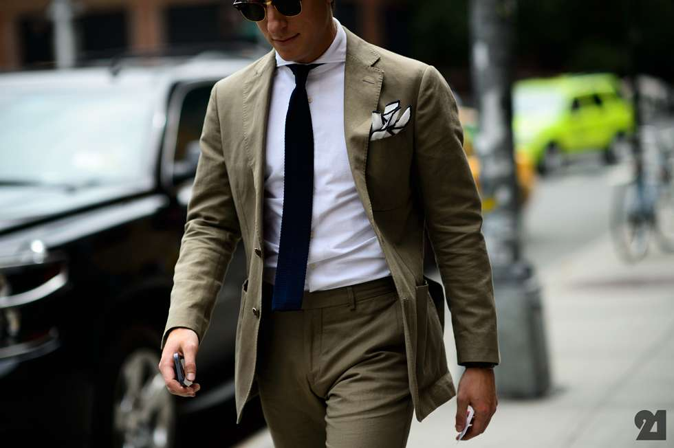different types of suit and how to wear them- mens cotton suit