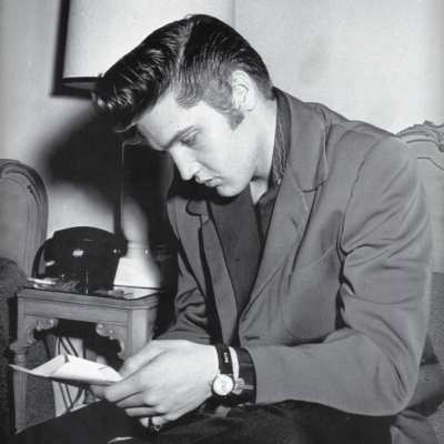 elvis presley pompadour hairstyle for men