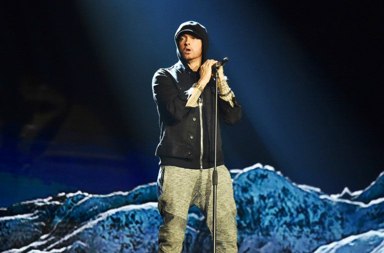 eminem-performing-at-ema-2017