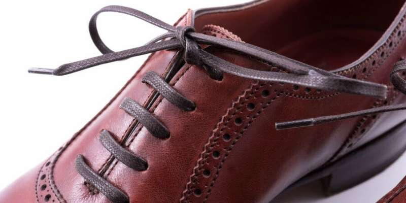 flat lace how to lace dress shoes
