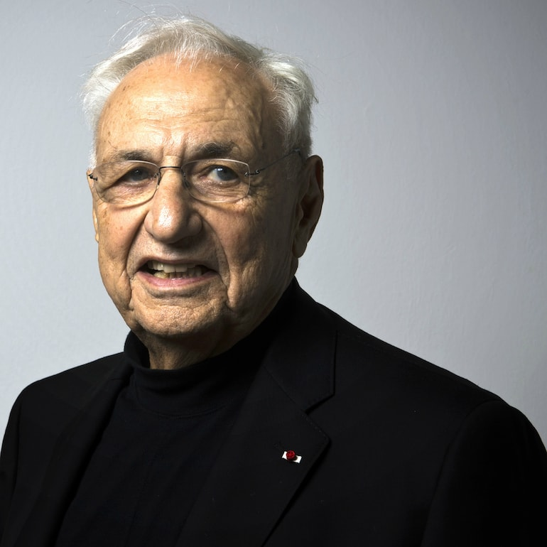 frank gehry architect american -min