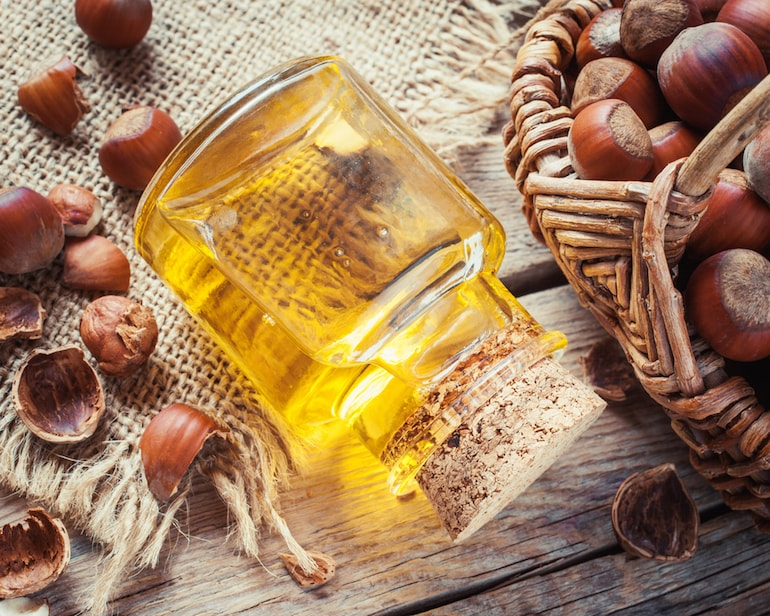 hazelnut oil benefits mens skin-min