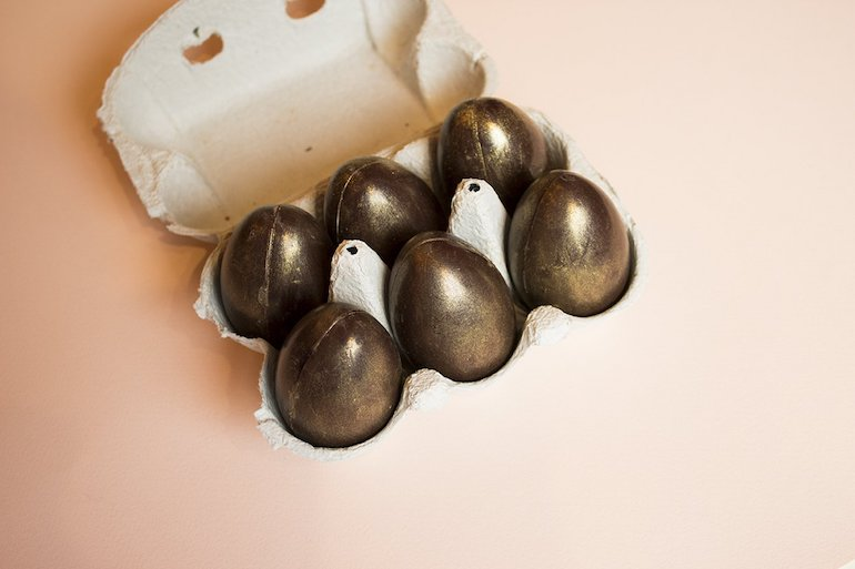 hens-eggs_gold-coco-chocolatier-easter-chocolate