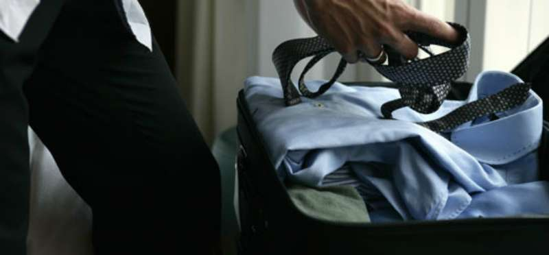 how to pack a bag mens