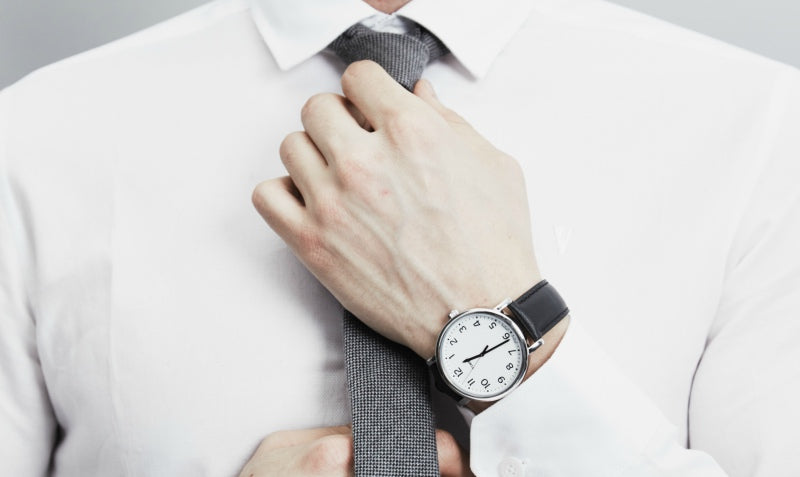 how to wear a leather strap watch