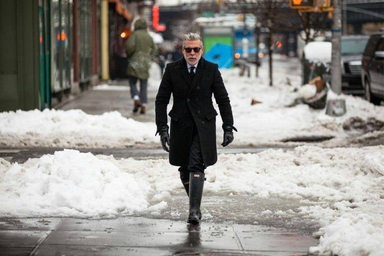 hunter-wellies-winter-snow-outfit-overcoat