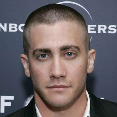 jake gyllenhaal mens short buzzcut hair