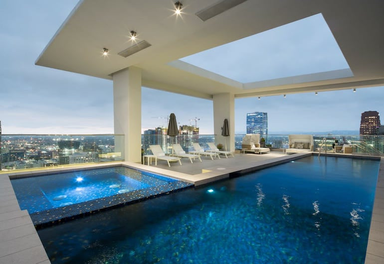 level furnished living los angeles penthouse