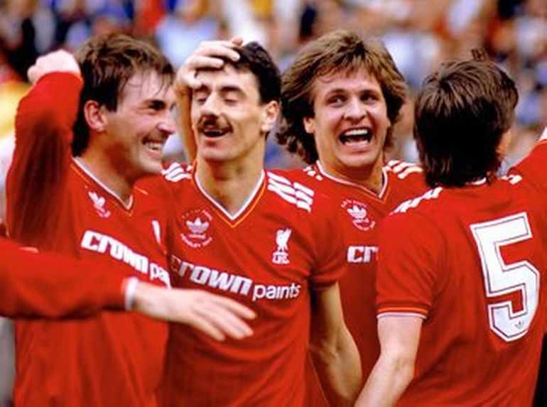 liverpool 1986 home football kit