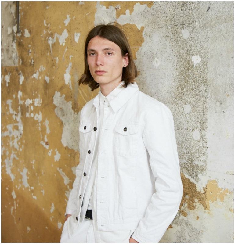 03788e8ebedc lookbook mens summer style white denim jacket white shirt white chinos