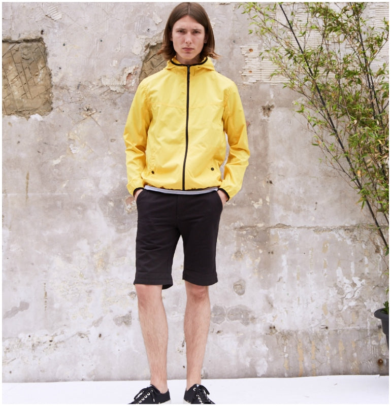 lookbook mens summer style yellow windbreaker black shorts black novesta