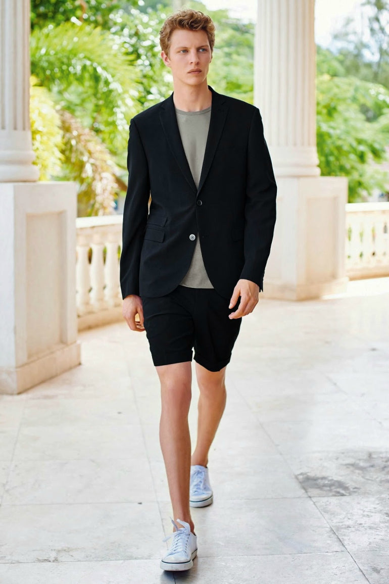 a749c8b1bee How to Pull off a Short Suit this Summer