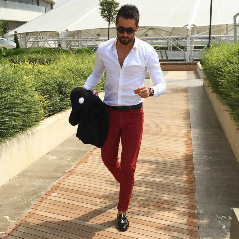 men-red-trousers-blelt-loafers-white-shirt-jacket-summer