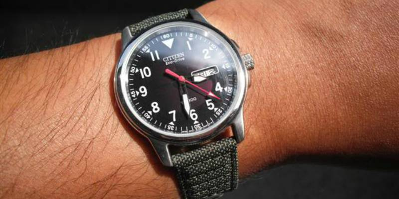 mens canvas strap watch silver face