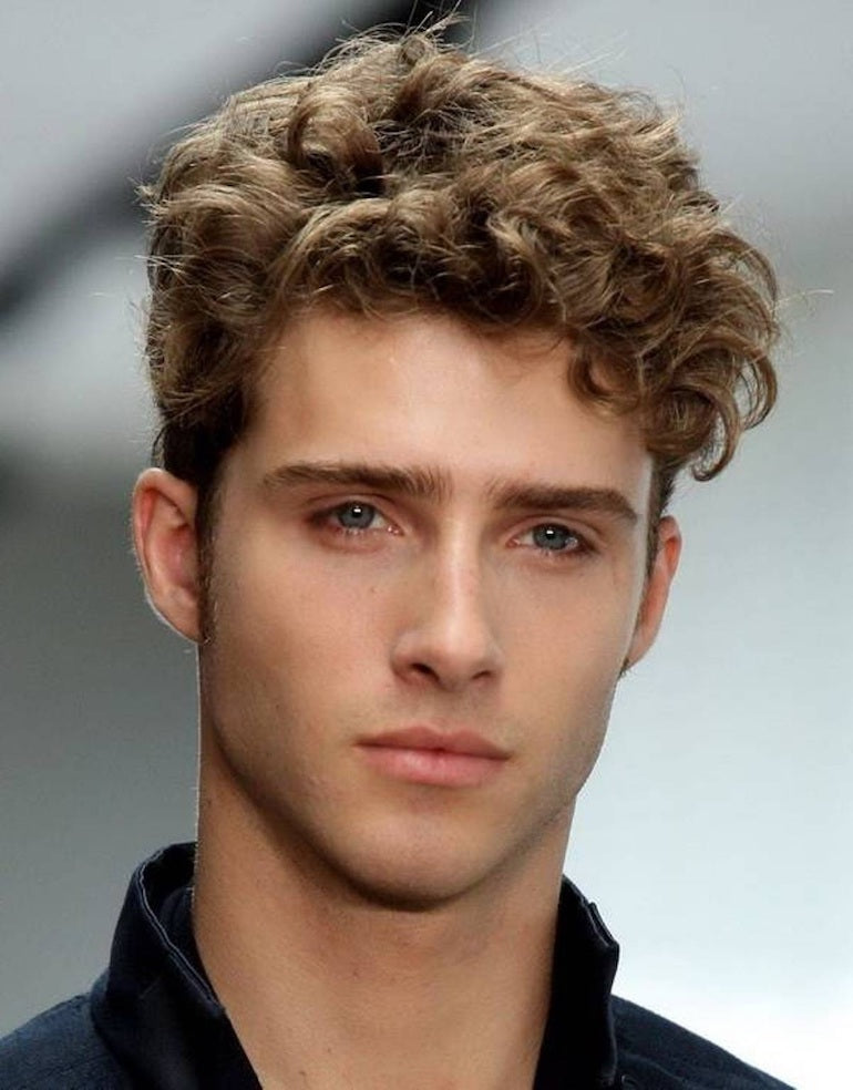 mens curly hair style