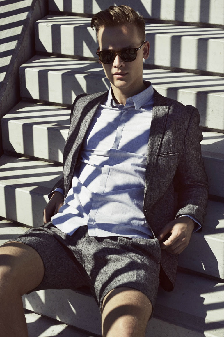 mens grey short suit street style
