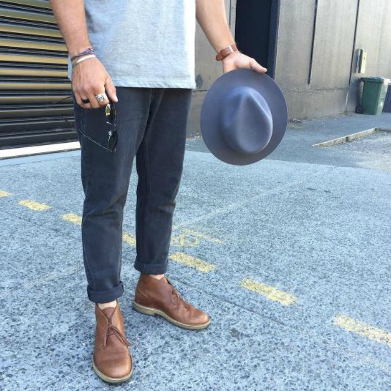 mens leather desert boots street style