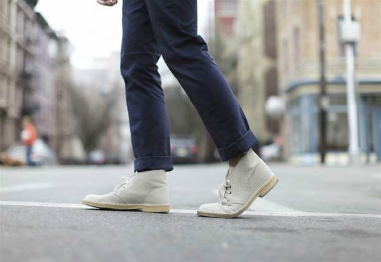 mens light suede desert boots