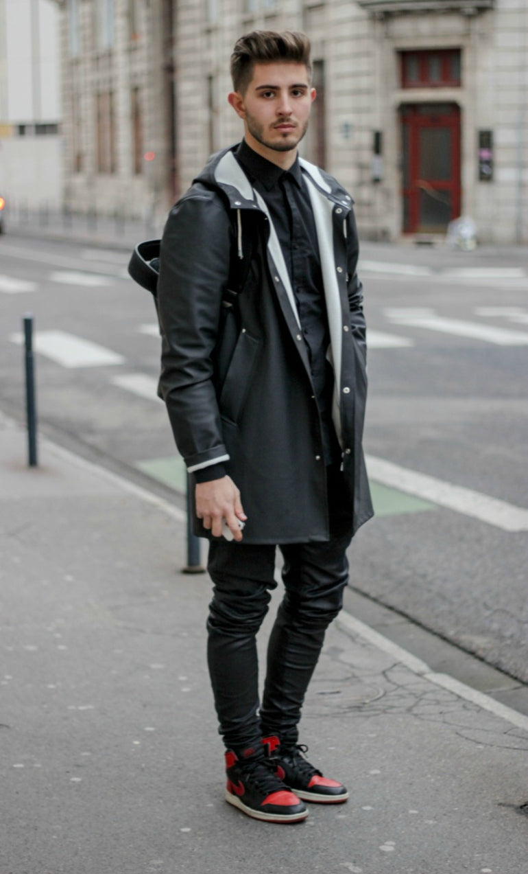 mens-rain-coat-street-style-trainers-winter-rain