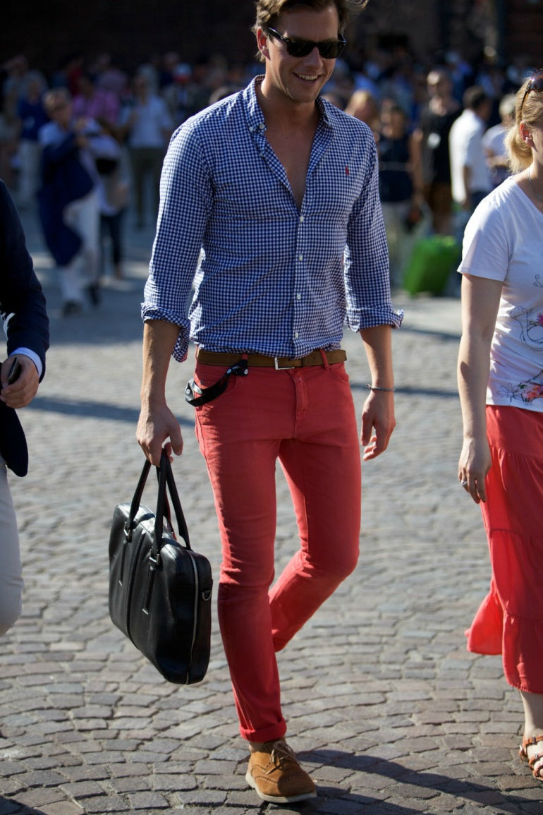mens-red-trousers-blue-shirt-loafers-summer-street-style