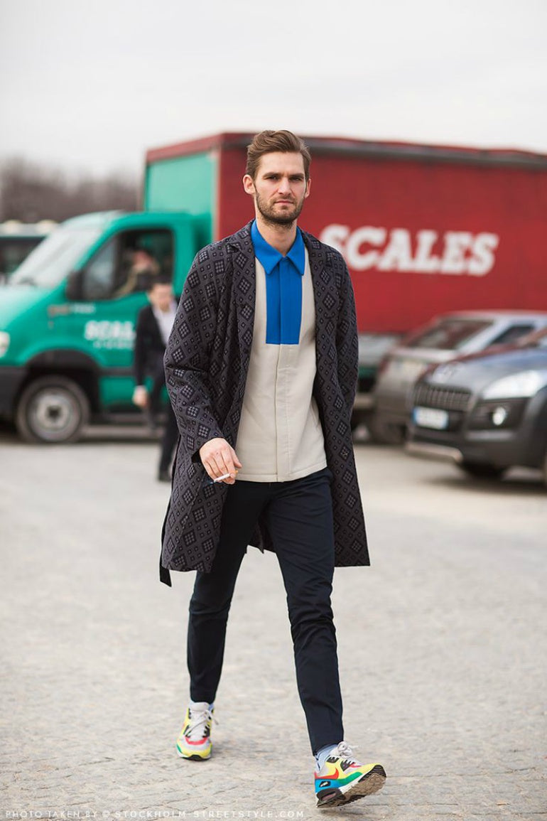 mens-street-style-suede-trainers-jeans-jumper-jacket