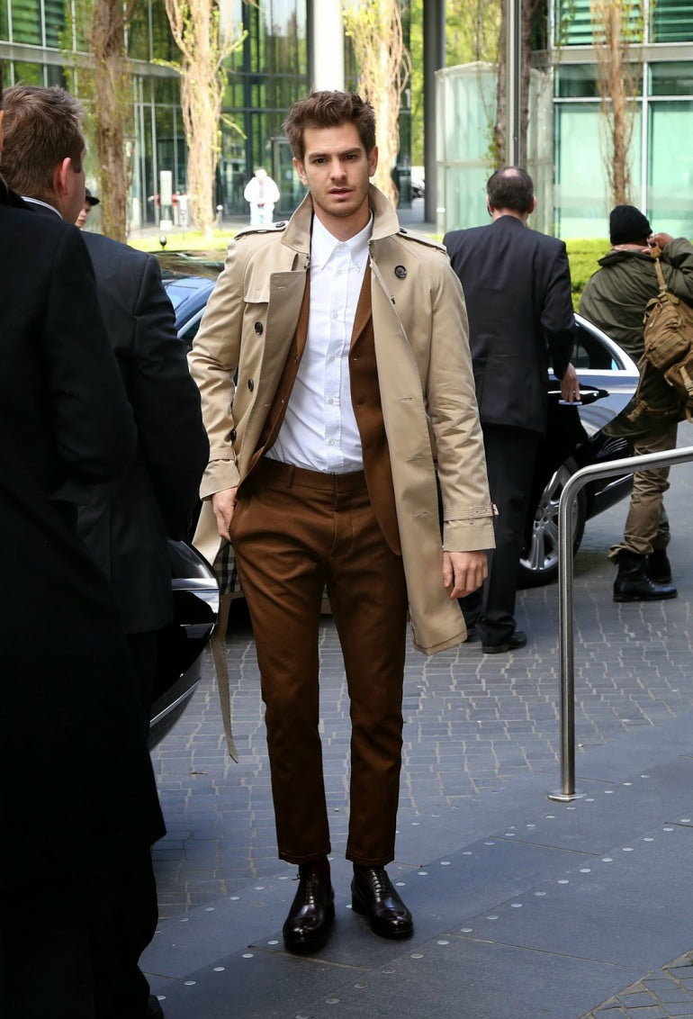 mens-tan-camel-trenchcoat-trench-coat-street-style