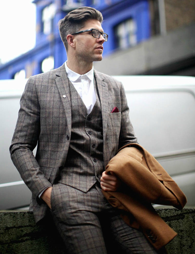 mens-three-piece-patterned-checked-suit