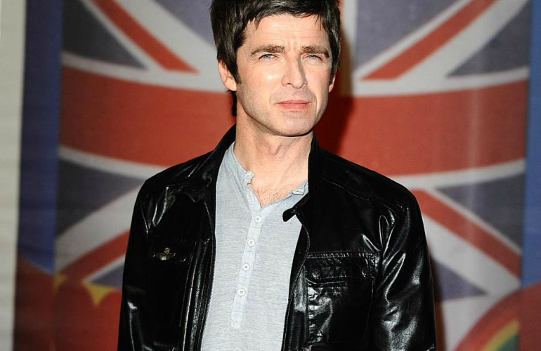 3018a11dac noel gallagher leather jacket black jeans t-shirt