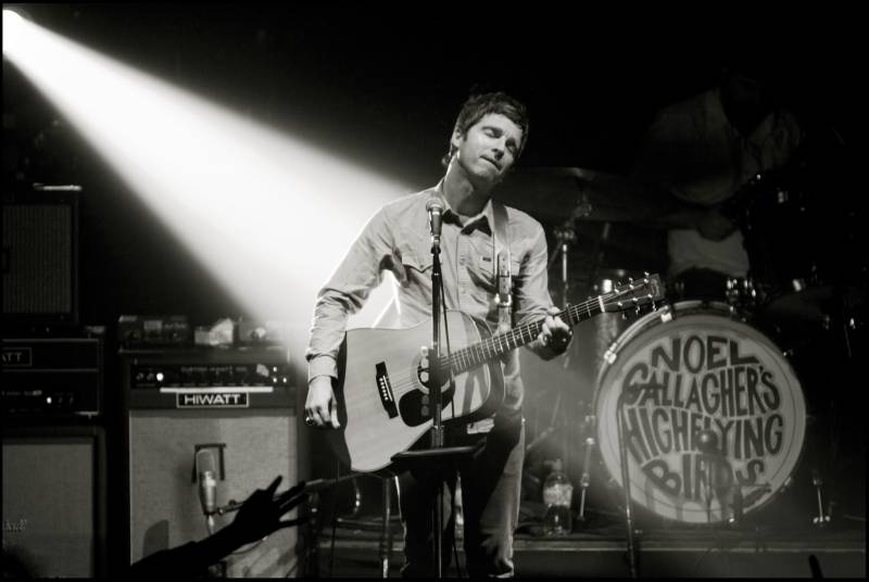 noel gallagher style