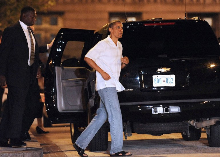 obama-dad-jeans-outfit-style-shirt