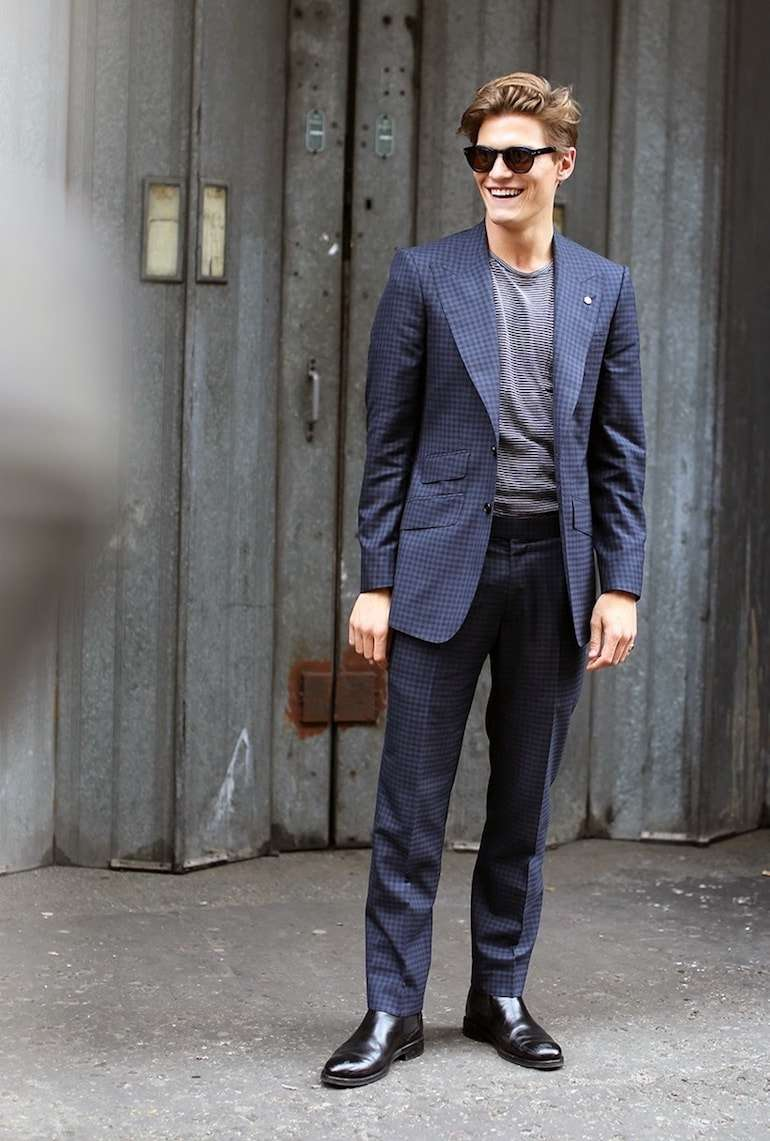 oliver cheshire chelsea boots navy suit -min