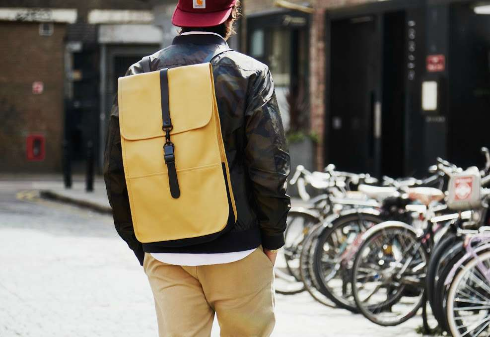 rains backpack how to wear a backpack men