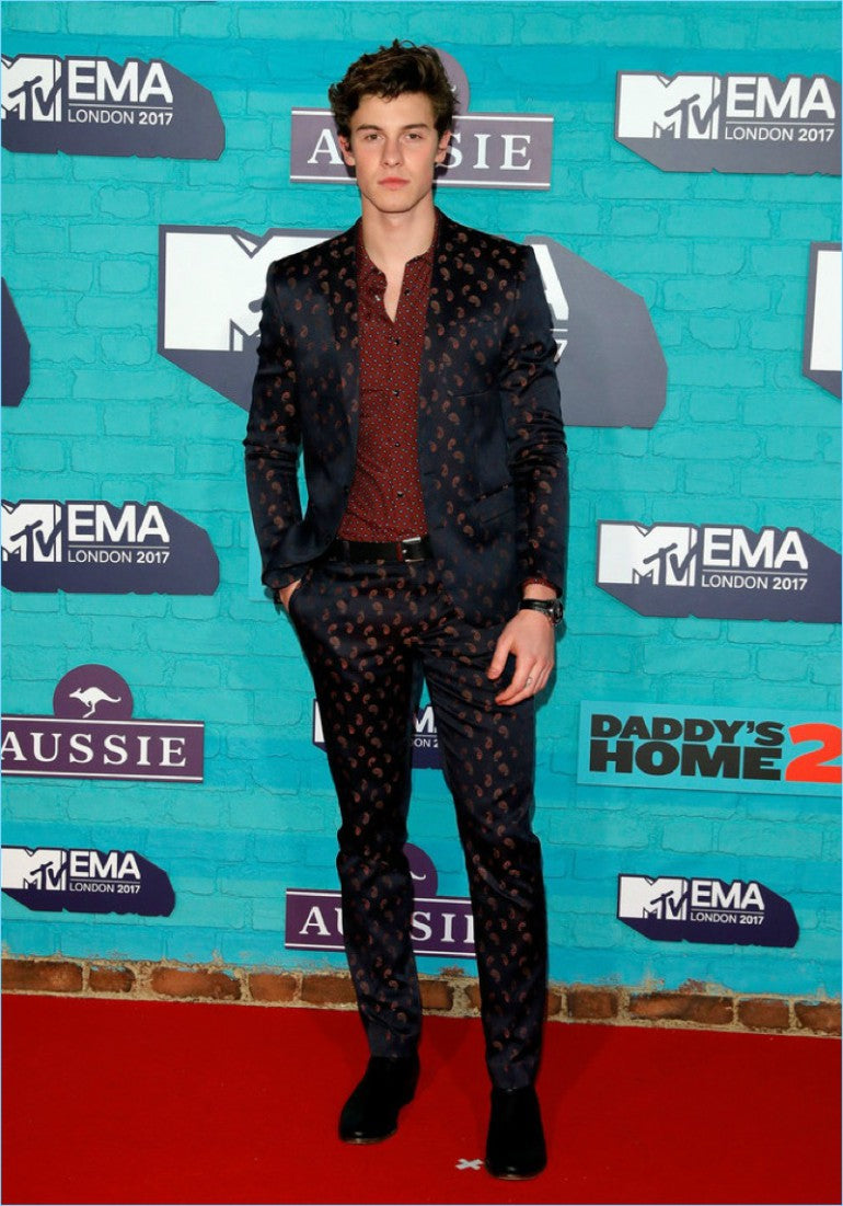 shawn-mendes-mtv-emas-red-carpet