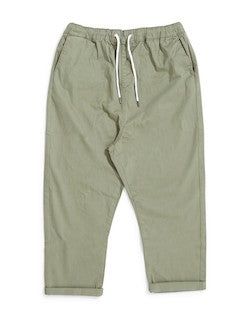the_idle_man_loose_fit_cropped_chino_green_1