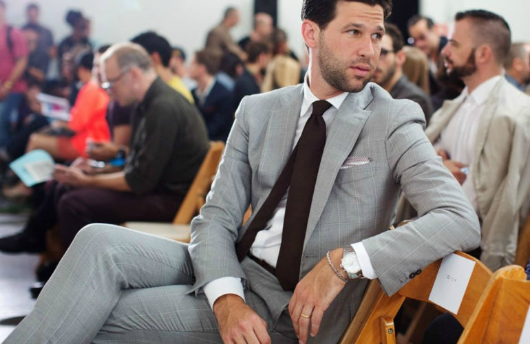 what to wear with a grey blazer men in grey suit