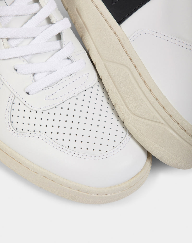 Veja - V10 Leather Extra White & Black
